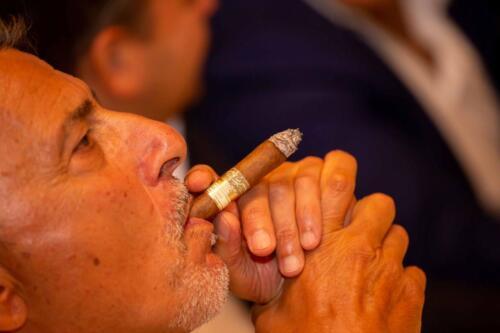 Il sigaro incontra il vino